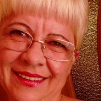 Ältere Dame aus Leinfelden-Echterdingen sucht Bekanntschaften