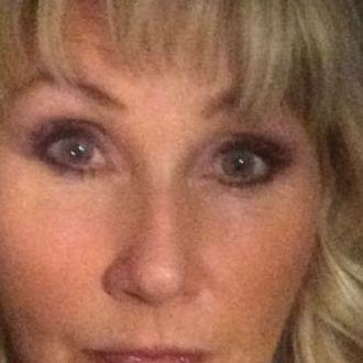 Reife Blondine sucht dich