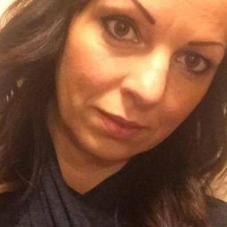 Single Frau aus Düsseldorf sucht die Liebe
