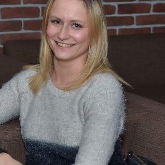 Blonde Singlefrau aus Hamburg sucht die Liebe