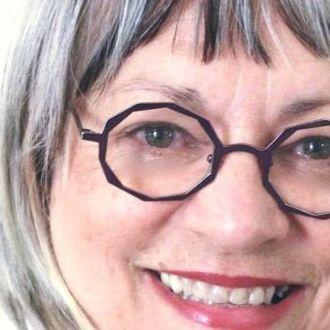 Reife Dame aus Bielefeld sucht neue Bekanntschaften