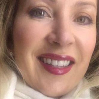 Blonde Frau aus Mülheim an derRuhr sucht neue Freunde