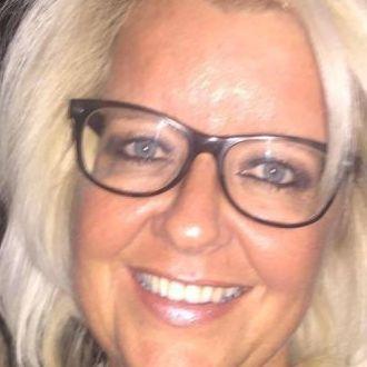 Blonde Schweizerin sucht