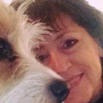 Frau mit Hund sucht Mann aus Muttenz Schweiz
